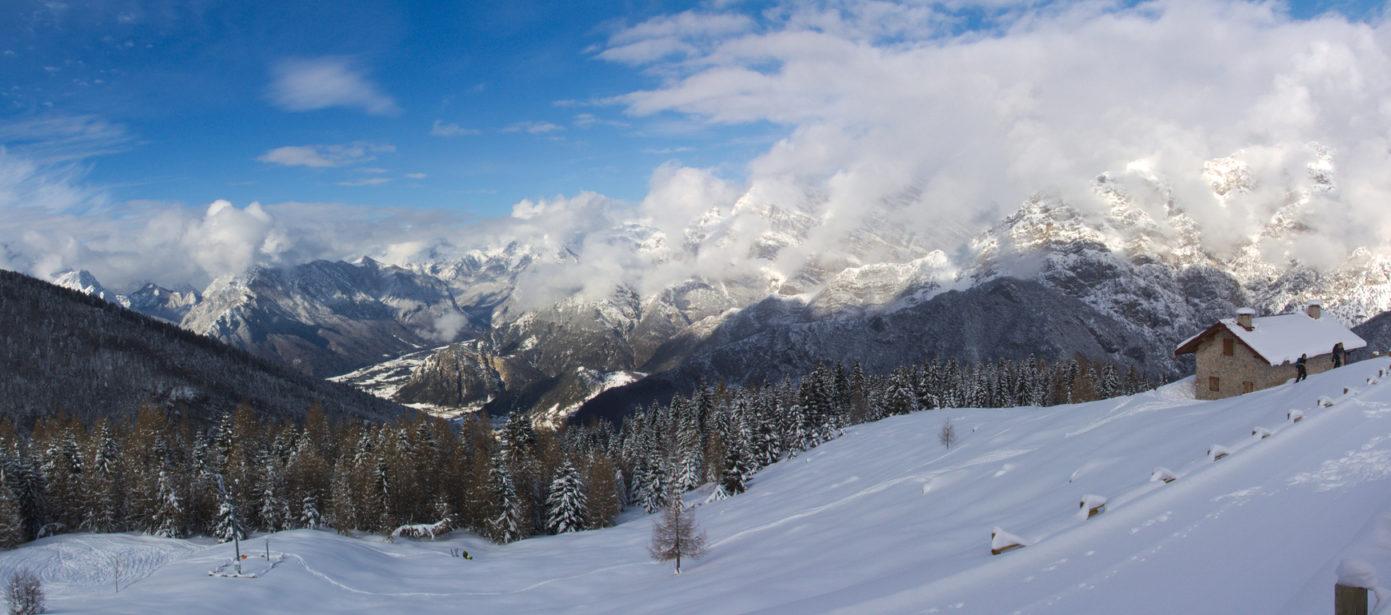 Rifugio casera Pradut gruppo Resettum – Dolomiti friulane