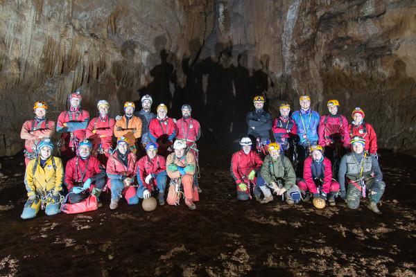 Istruttori ed allievi del 1° Stage di Avvicinamento alla Speleologia, Grotta Ercole (foto S-Team)