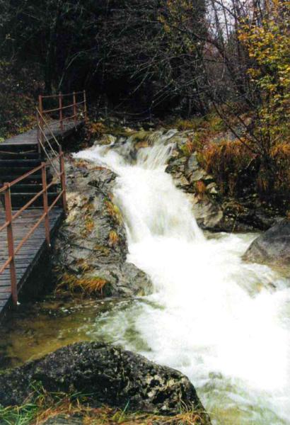 Escursione Sezionale Domenica 19 Maggio - Prealpi Trevigiane    Via dell'acqua e della memoria
